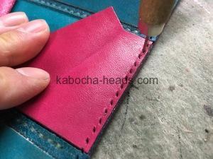 ツートンカラーの三つ折り財布8