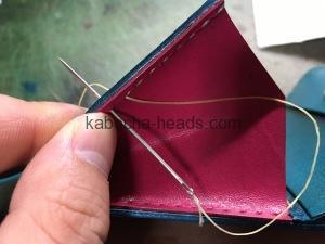 ツートンカラーの三つ折り財布10