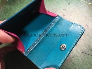 ツートンカラーの三つ折り財布15