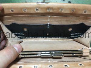 ねこカービングがま口の修理6