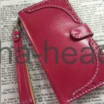 ピンクのスマートフォンケース1