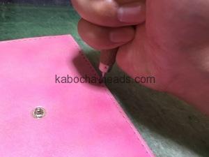 ピンクのリボン付きスマホケース4