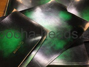 ゴシックグリーンのミニトランク1