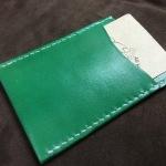 シンプルな縦型カードケース2
